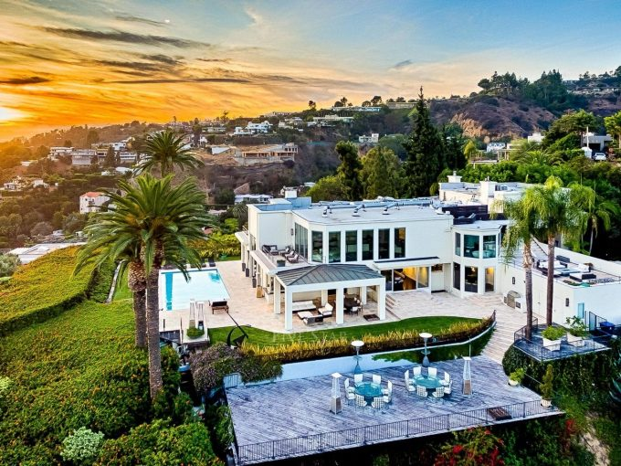 BEVERLY HILLS LUXURY HOMES FOR SALE